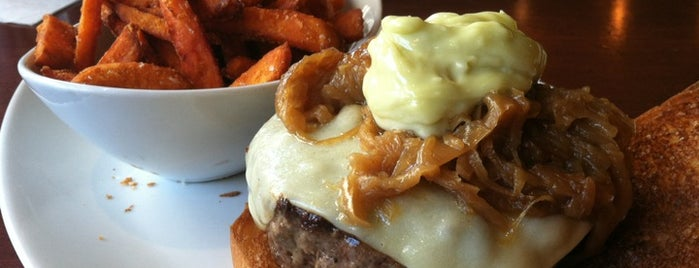 5 Napkin Burger is one of Burgers-To-Do List.
