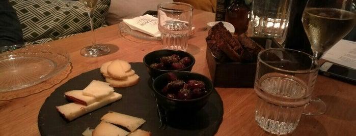 Vintage Wine Bar & Bistro is one of Food Athens.