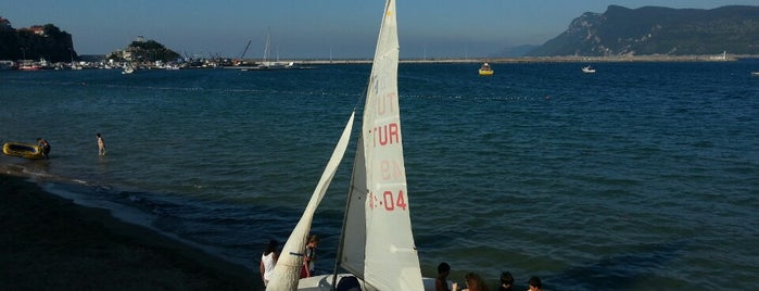 Amasra Yelken Kulübü is one of Posti che sono piaciuti a Tuğrul.