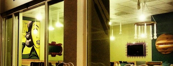 Merdane Cafe is one of Locais curtidos por Yusuf.