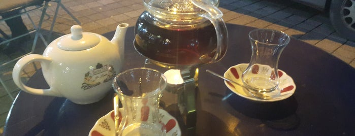 Cofy Tea is one of Locais curtidos por Hatice.