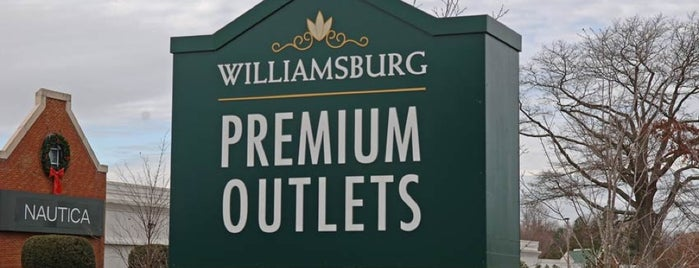 Williamsburg Premium Outlets is one of Locais curtidos por Jennifer.