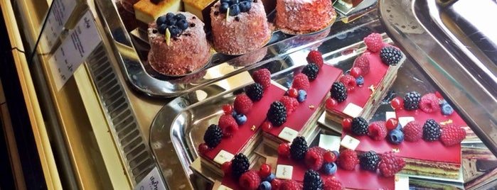 Lenôtre Paris is one of Berlin Best: Desserts & bakeries.