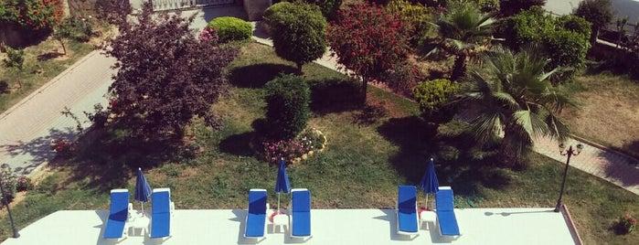 Hatipoglu Sitesi - swimming pool is one of Yunus'un Beğendiği Mekanlar.