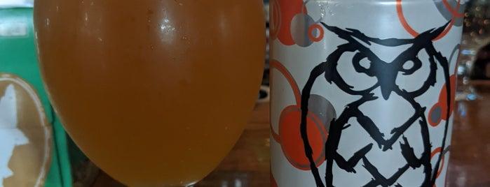 Murphy Brown's Craft Beer Emporium is one of FT6.
