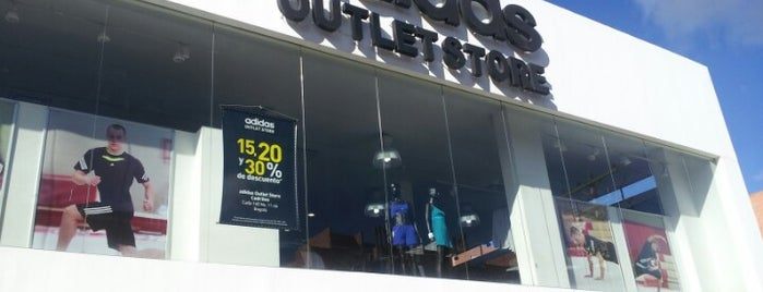 Adidas Outlet is one of Jacques 님이 좋아한 장소.