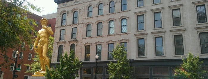 21c Museum Hotels - Louisville is one of Condé Nast Traveler Platinum Circle 2013.
