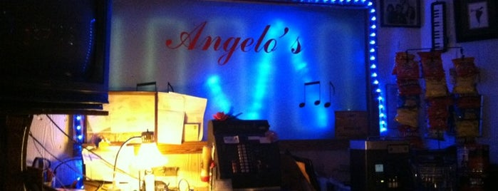 Angelo's Piano Bar is one of Tempat yang Disukai Rob.