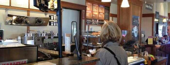 Peet's Coffee & Tea is one of Locais salvos de Nicole.