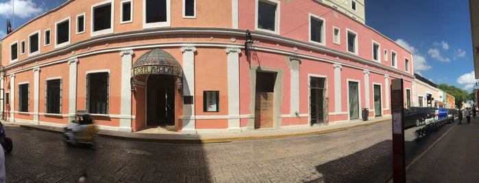 Hotel Colonial Merida is one of Tempat yang Disimpan Marzelus.