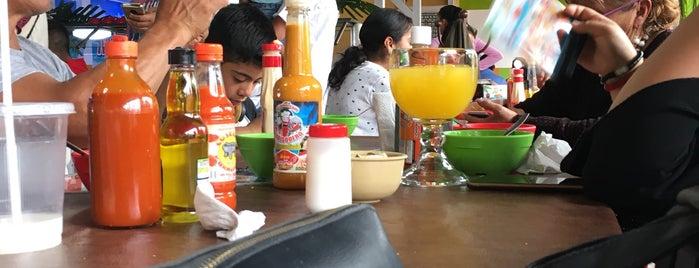 Restaurante Bar El Marisquero is one of Antonio'nun Beğendiği Mekanlar.