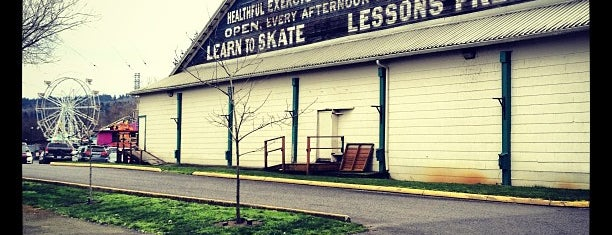 Oaks Park Skating Rink is one of KID FRIENDLY.
