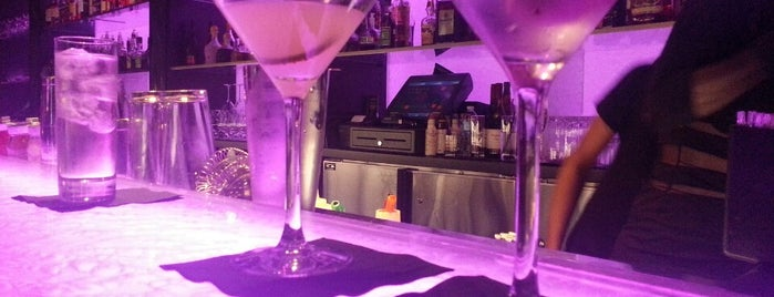 Wunderbar is one of Best Hotel Bars around the world.