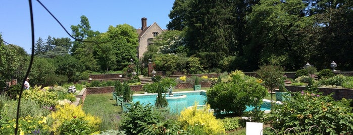 Planting Fields Arboretum is one of Tempat yang Disukai George.