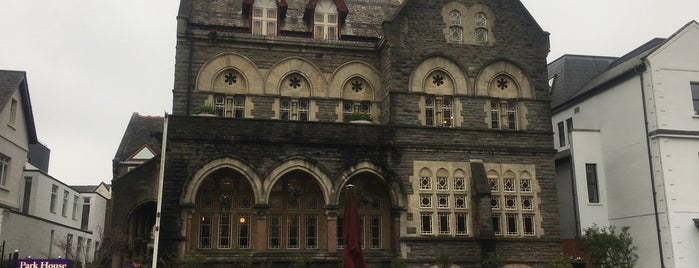 Park House Club is one of Cardiff-Wales.