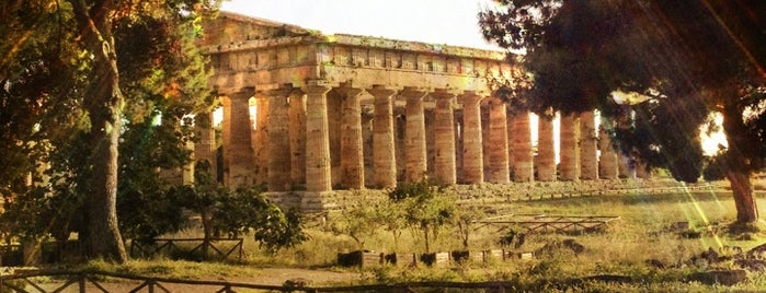 Paestum is one of Nápoles y Costa Amalfitana.