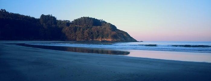 Praia de Fornos is one of To do's Viveiro.
