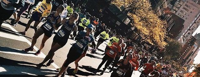 2014 TCS New York City Marathon Health and Fitness Expo is one of christine : понравившиеся места.