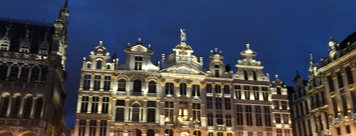 Grand Place / Grote Markt is one of Locais curtidos por Sabrina.
