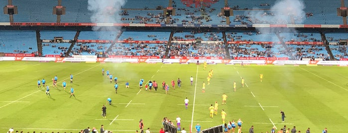 Loftus Versfeld Stadium is one of Locais curtidos por Sabrina.