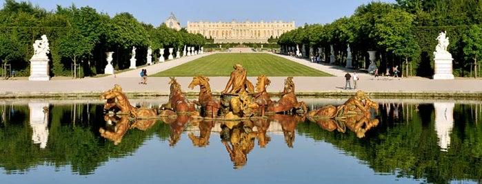 Palácio de Versalhes is one of Locais curtidos por Montréal.