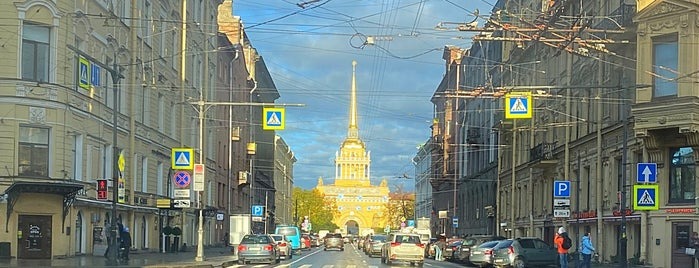 Admiralteysky District is one of Posti che sono piaciuti a Balobaeva.