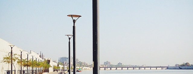 Sabarmati River Front is one of Lieux qui ont plu à Parth.