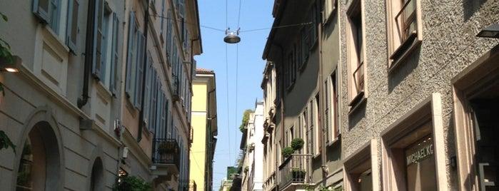Piazzetta di Via della Spiga is one of Milano.