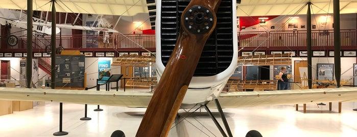 Pearson Air Museum is one of Orte, die Erik gefallen.