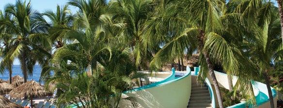 Sunscape Dorado Pacifico Ixtapa is one of Posti che sono piaciuti a Karina.