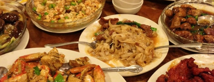 Hung To Seafood Restaurant is one of Lugares favoritos de QQ.