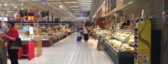 Ipermercato Carrefour - Limbiate is one of Lieux qui ont plu à Mik.