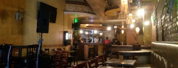 Las Tainas Bar & Restaurant is one of MileagePlus Dining.