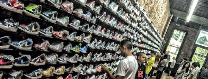 Flight Club is one of New York must sees.
