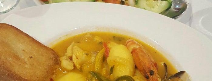 Oceano Restaurant is one of Posti salvati di Soyuz.
