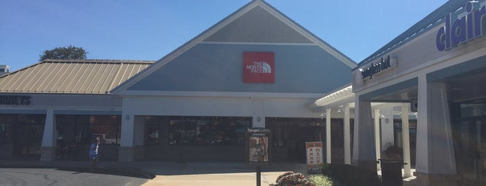 The North Face Tanger Outlets Rehoboth Beach is one of สถานที่ที่ Mei ถูกใจ.
