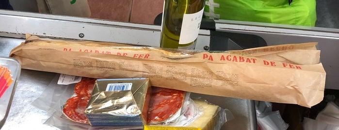 Supermercat Superservis is one of Tempat yang Disukai Paula.