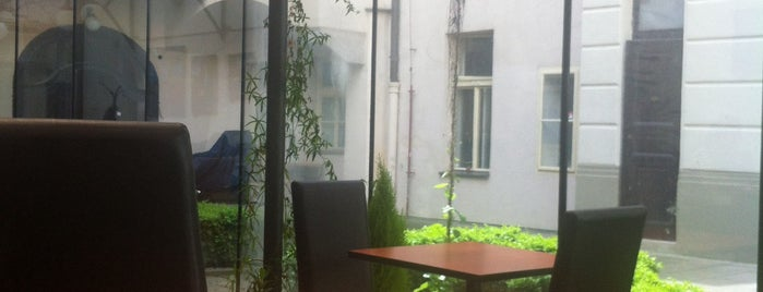 Friends Coffee House is one of Praha <3.