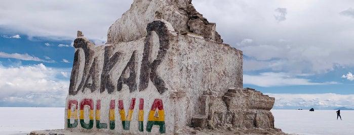 Dakar Monument is one of สถานที่ที่ Miguel ถูกใจ.