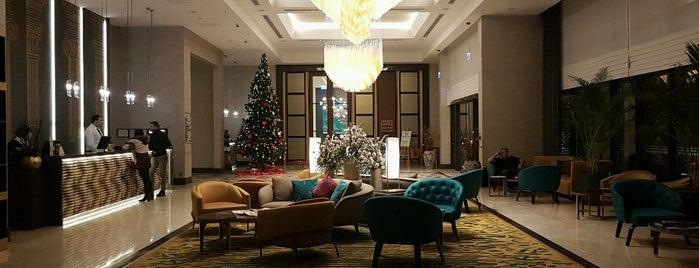 DoubleTree by Hilton is one of Lieux qui ont plu à Selin.