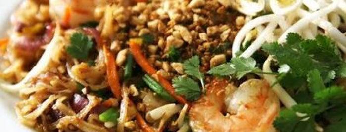 La Cuisine Authentique Thaï Viet is one of Alexandre's Liked Places.
