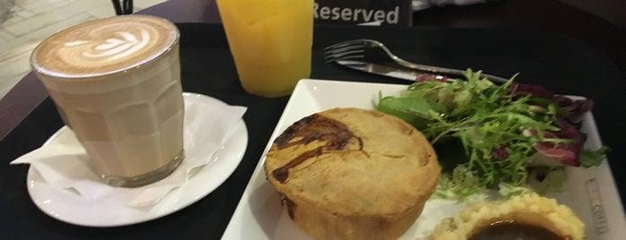 Pies & Coffee is one of Posti che sono piaciuti a Ben.