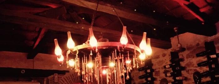 Cilveli Cafe & Bar is one of Lugares favoritos de Gkc.