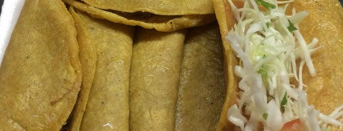 Tacos de la Cima is one of [To-do] Monterrey.