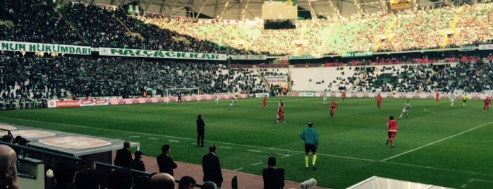 Konya Büyükşehir Stadyumu is one of Orte, die VOLKAN gefallen.