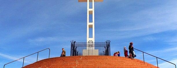 Mt Soledad Veterans Memorial is one of San Diego To-Do List.
