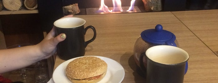 YODA Smart Cafe is one of Ania : понравившиеся места.