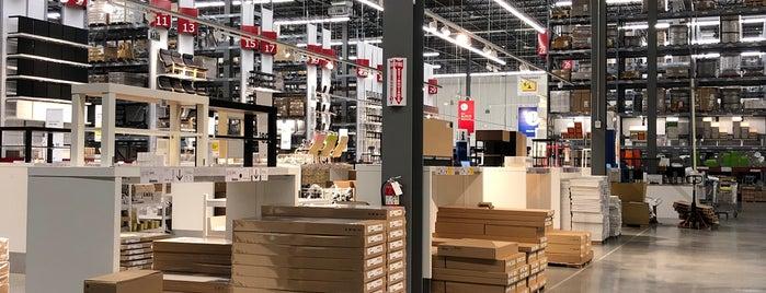 IKEA Bistro is one of Sasha'nın Beğendiği Mekanlar.
