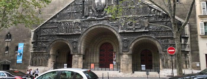 Église Saint-Pierre-de-Chaillot is one of Paris 16.