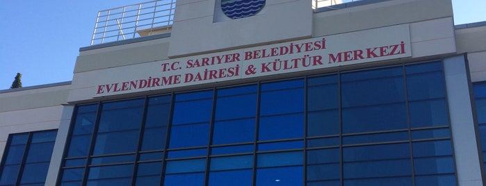 Sarıyer Belediyesi Yaşar Kemal Kültür Merkezi is one of Lieux qui ont plu à Canan.